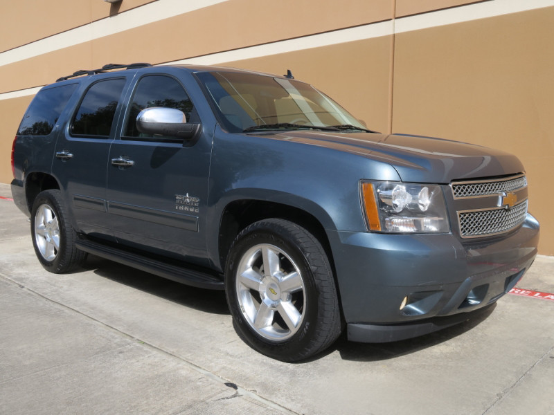 Photo 2010 Chevrolet Tahoe LT Texas Edition 2WD