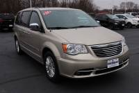 2014 Chrysler Town & Country Limited Wagon