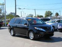 Pre-Owned 2015 Toyota Sienna 5dr 7-Pass Van XLE AAS FWD FWD