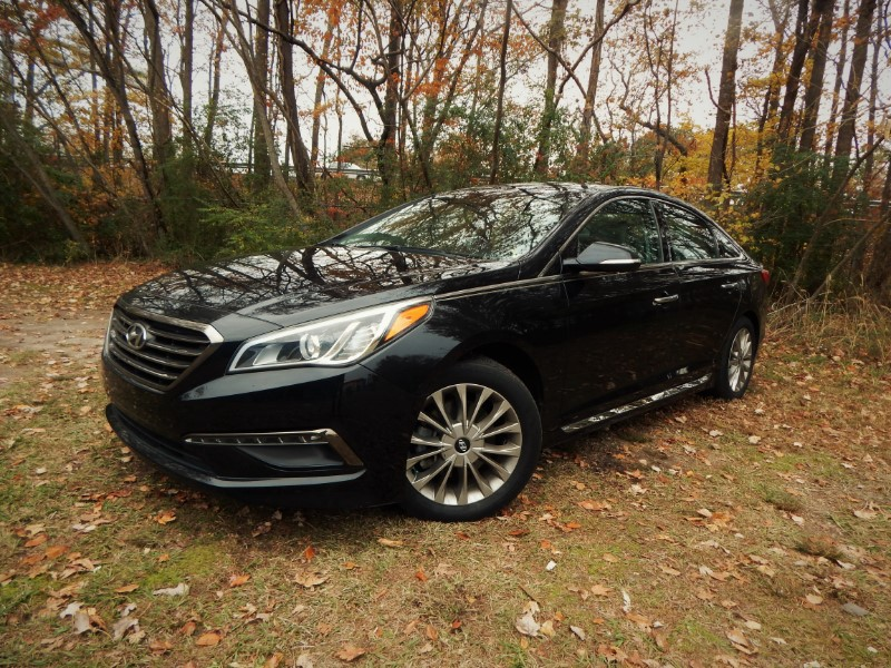 Photo 2015 Hyundai Sonata Limited w Navigation, Panoramic Roof, Leather Int