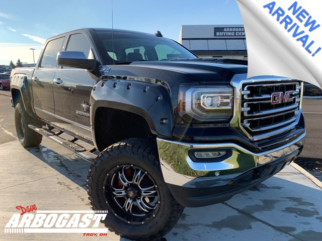 Photo Pre-Owned 2016 GMC Sierra 1500 Black Widow Lifted Truck 4WD