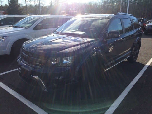 Photo 2018 Dodge Journey Crossroad SUV For Sale in Quakertown, PA