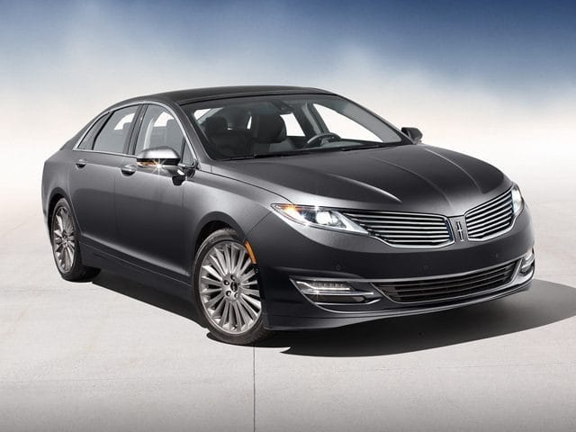 Photo Used 2014 Lincoln MKZ For Sale in Daytona Beach, FL