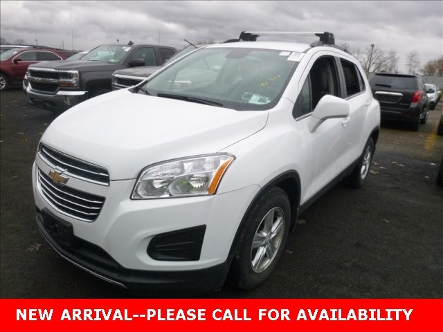 Photo Used 2015 Chevrolet Trax LT SUV FWD for Sale in Stow, OH