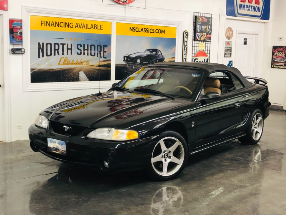 Photo 1996 Ford Mustang -COBRA SVT 5 SPD CONVERTIBLE LOW MILES 3 OWNER-VIDEO
