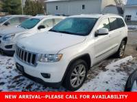 Used 2013 Jeep Grand Cherokee Laredo SUV 4WD for Sale in Stow, OH
