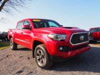 2019 Toyota Tacoma TRD Sport / Navi 4x4 TRD Sport Double Cab 5.0 ft SB 6A in Lewisburg, PA