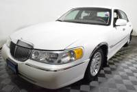 Pre-Owned 1998 Lincoln Town Car 4dr Sedan Signature Rear Wheel Drive 4dr Car
