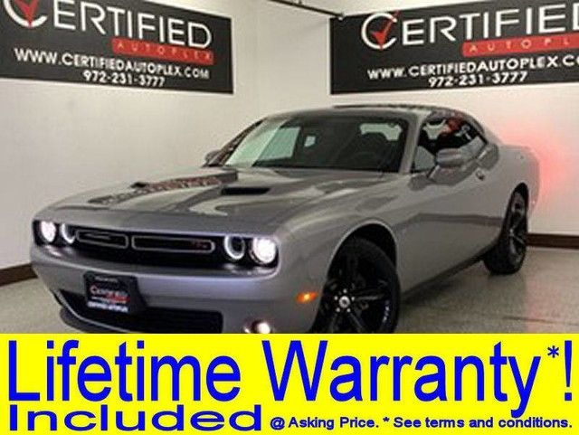 Photo 2017 Dodge Challenger RT 5.7L V8 HEMI POWER SEAT REAR SPOILER KEYLESS GO PUSH BUTTON START FOG L