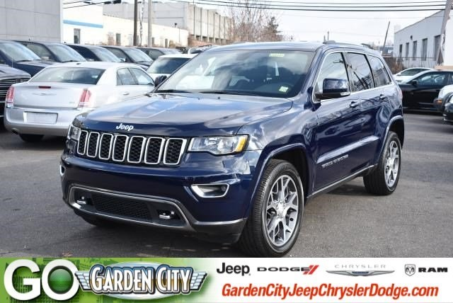Photo Used 2018 Jeep Grand Cherokee Sterling Edition Sterling Edition 4x4 Ltd Avail For Sale  Hempstead, Long Island, NY