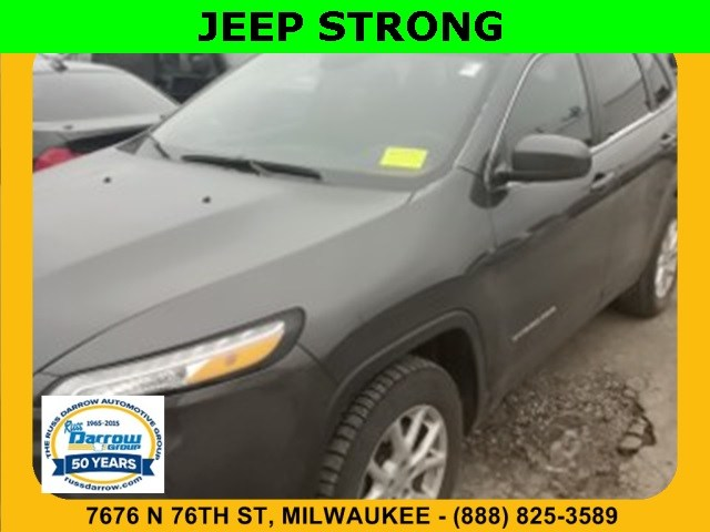 Photo 2015 Jeep Cherokee Latitude 4x4 SUV For Sale in Madison, WI