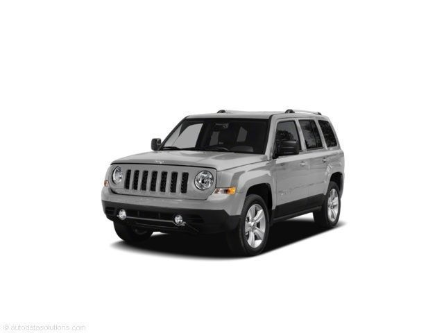 Photo Pre-Owned 2011 Jeep Patriot Latitude X SUV For Sale Corte Madera, CA