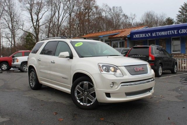 Photo 2011 GMC Acadia Denali