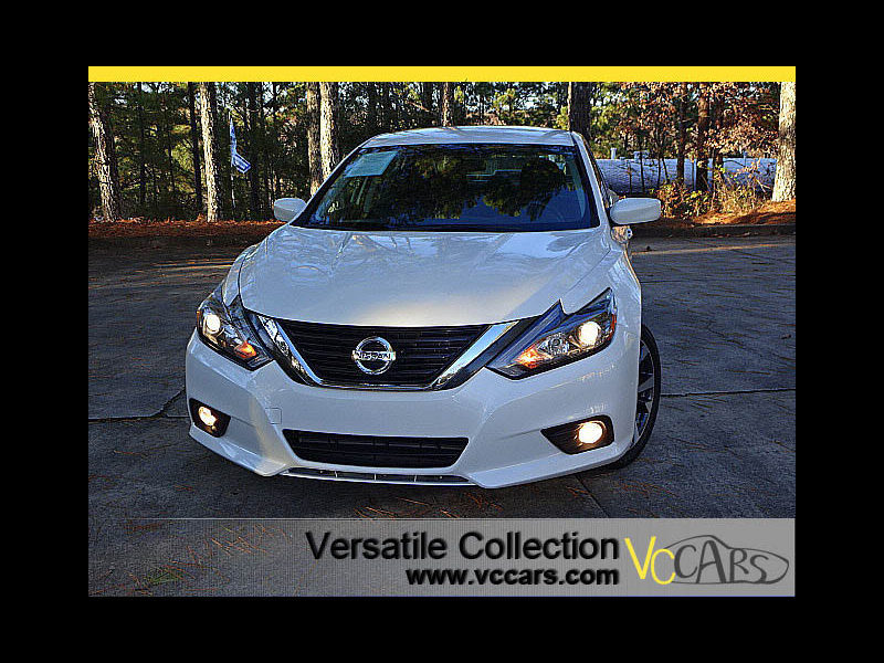 Photo 2016 Nissan Altima 2.5 SR Sports Pedal Shifters Camera