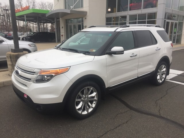 Photo 2013 Ford Explorer Limited wLuxury, BLIS, and 2-Row Bucket Seat Pack in Chantilly
