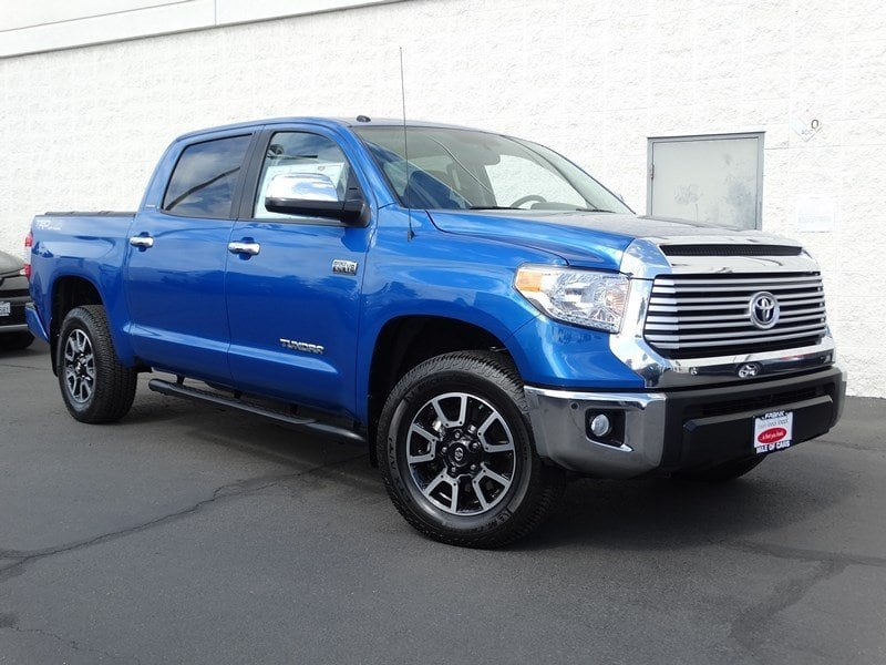Photo 2017 Toyota Tundra Limited Limited CrewMax 5.5 Bed 5.7L