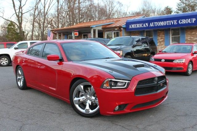 Photo 2012 Dodge Charger RT