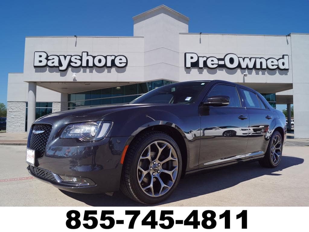 Photo 2018 Chrysler 300 RWD S Sedan in Baytown, TX Please call 832-262-9925 for more information.
