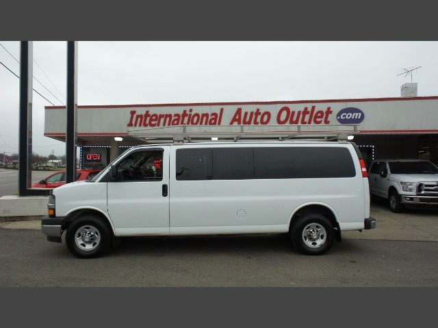 Photo 2017 Chevrolet Express Passenger LT 3500 for sale in Cincinnati OH