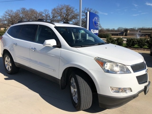 Photo Used 2010 Chevrolet Traverse LT w1LT For Sale Grapevine, TX