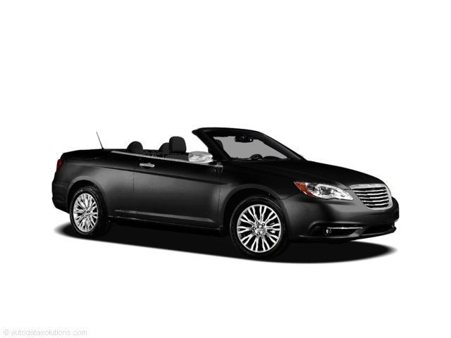 Photo 2011 Chrysler 200 Limited Convertible in Tampa