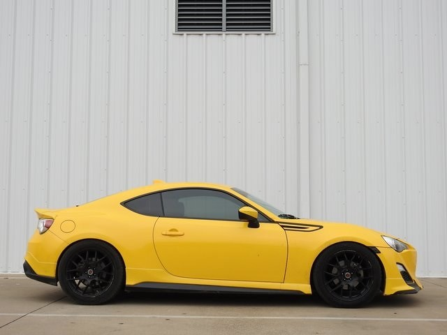 Photo 2015 Scion FR-S Release Series Coupe Rear-wheel Drive For Sale Serving Dallas Area