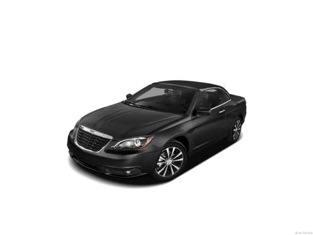Photo Used 2012 Chrysler 200 S Convertible V-6 cyl For Sale in Duluth