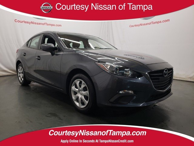 Photo Pre-Owned 2016 Mazda Mazda3 i Sport Sedan in Jacksonville FL