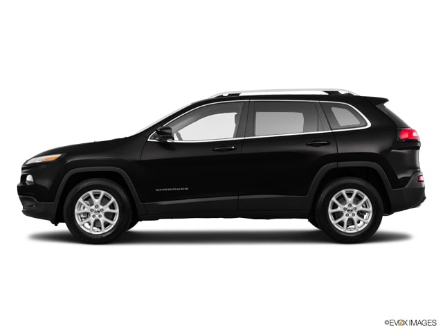Photo Used 2016 Jeep Cherokee LATITUDE V6 WITH 8.4 TOUCHSCREEN RADIO in Ardmore, OK