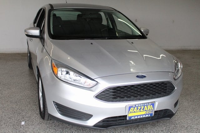 Photo Used 2017 Ford Focus SE Hatchback in Merced, CA