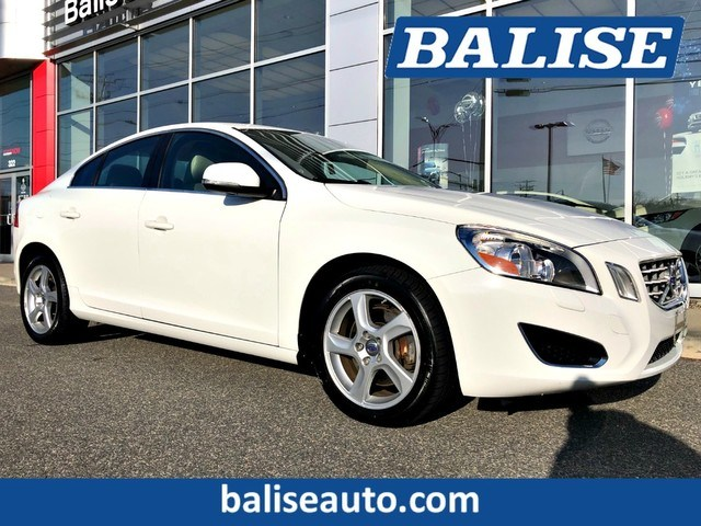 Photo Used 2013 Volvo S60 T5 Premier Plus for Sale in Hyannis, MA