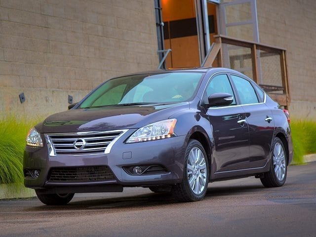 Photo Used 2015 Nissan Sentra SV ONE OWNER CLEAN CARFAX GREAT GAS MILEAGE in Ardmore, OK