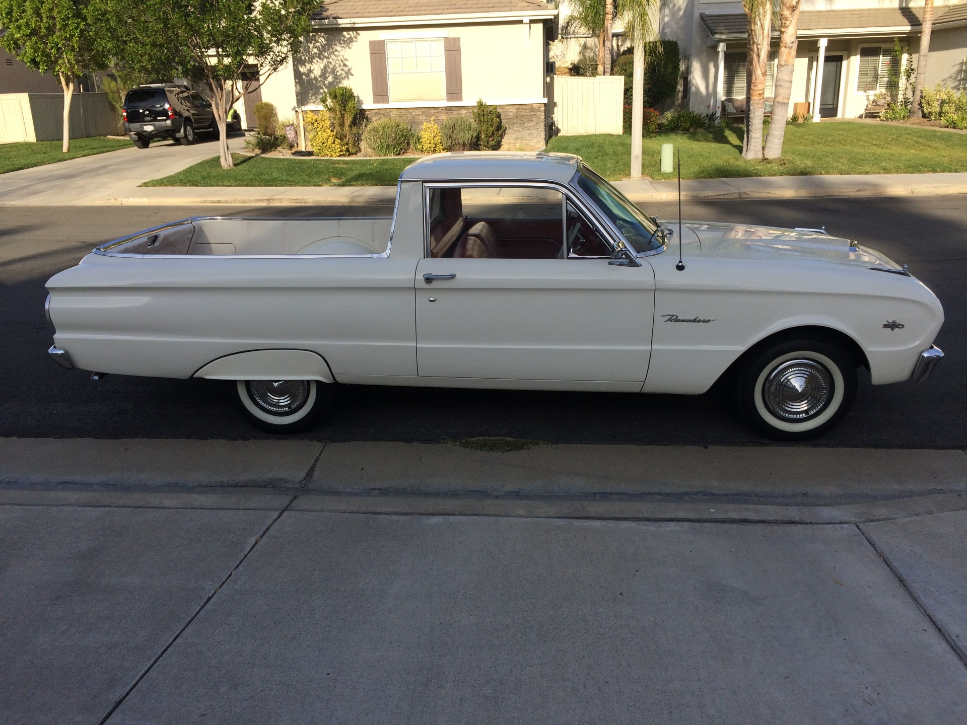 Photo 1963 Ford Falcon -WHITE BEAUTY FROM CALIFORNIA-RUST FREE CLASSIC-