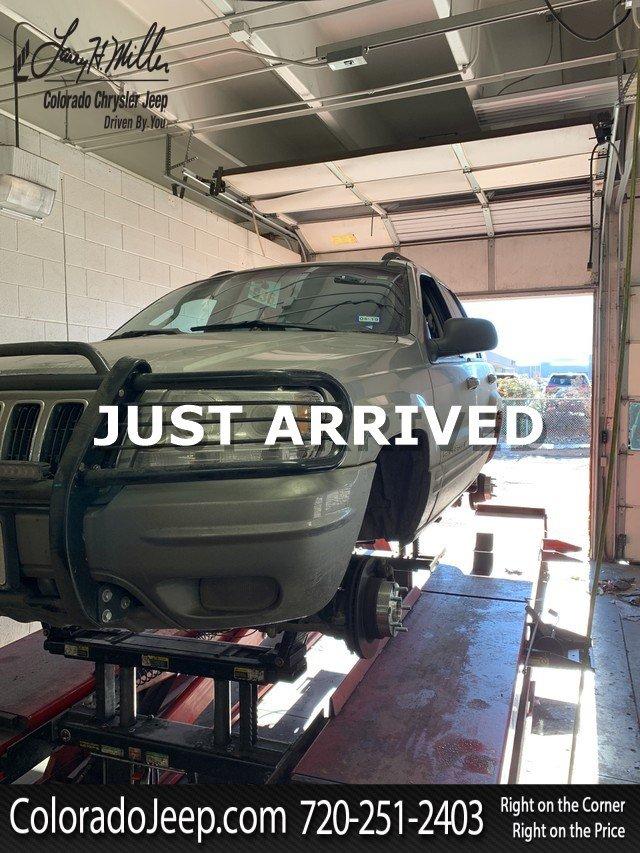 Photo 2002 Jeep Grand Cherokee Limited SUV