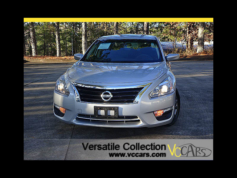 Photo 2015 Nissan Altima 2.5 S Sports Package Spoiler Back Up Camera XM BT