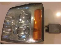 2004 Cadilac Headlight