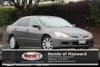 Pre-Owned 2006 Honda Accord Sedan EXV6 AT Leather with NAVI