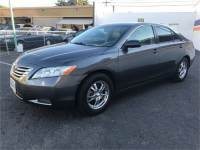 Black 07 toyota camry le