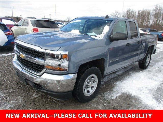Photo Used 2016 Chevrolet Silverado 1500 WT Truck Double Cab 4WD for Sale in Stow, OH