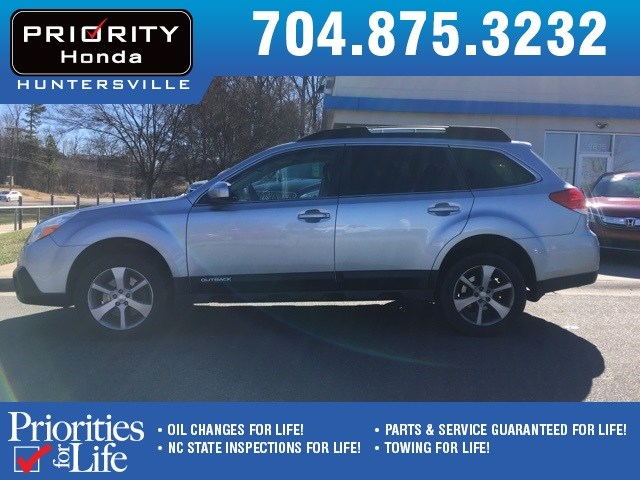 Photo Used 2013 Subaru Outback For Sale in Huntersville NC  Serving Charlotte, Concord NC  Cornelius. VIN 4S4BRDPC6D2224157