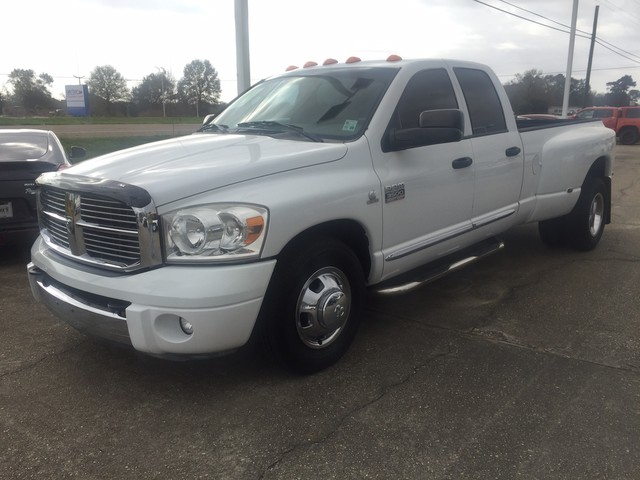 Photo 2007 Dodge Ram 3500 Crew Cab SLT