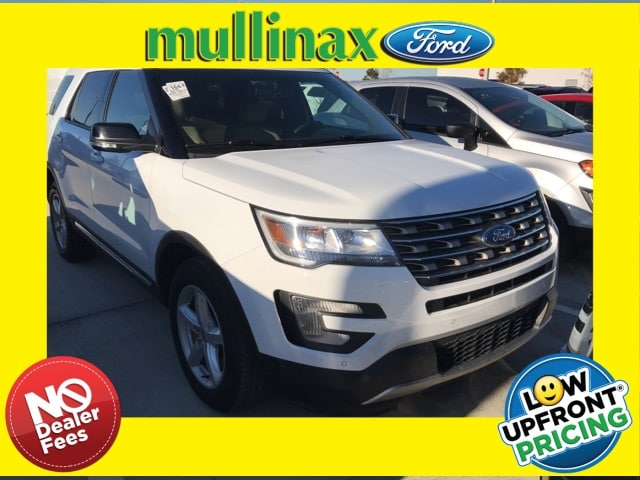 Photo Used 2016 Ford Explorer XLT W 2ND ROW Bucket Seats AND Console SUV V-6 cyl in Kissimmee, FL