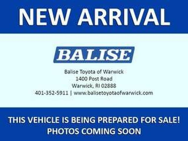 Photo Used 2012 Toyota Camry Hybrid XLE for sale in Warwick, RI