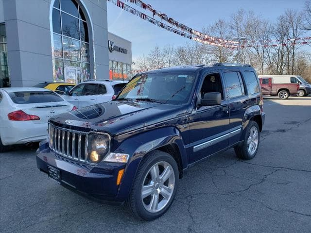 Photo Used 2012 Jeep Liberty Limited Jet Edition 4x4 SUV For Sale in Little Falls NJ