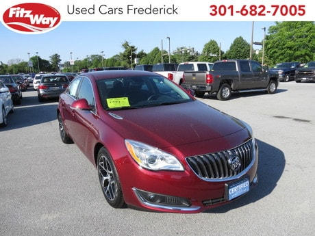 Photo Used 2017 Buick Regal Turbo Sport Touring for sale in Rockville, MD