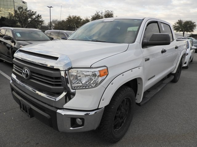 Photo 2015 Toyota Tundra SR5 TSS Edition, Navigation, Leather  Fender Flar Truck CrewMax 4x2 4-door