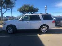 2015 Lincoln Navigator 4WD 4dr Sport Utility for Sale in Mt. Pleasant, Texas