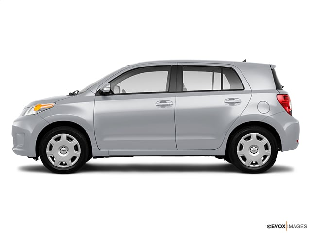Photo Pre-Owned 2010 Scion xD Base Hatchback in Greenville SC