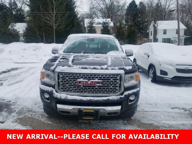 Photo Used 2017 GMC Canyon Denali Truck Crew Cab 4WD for Sale in Stow, OH
