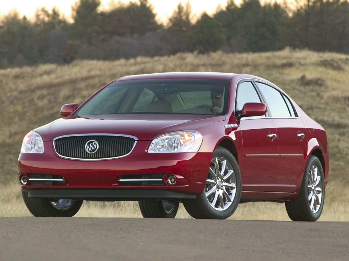 Photo Used 2006 Buick Lucerne CXL Sedan Northstar V8 SFI DOHC in Miamisburg, OH